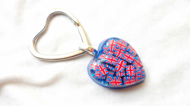 Hand created Red, White and Blue Button and Shimmer pendant on Keyring