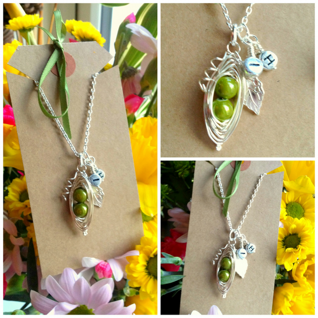 "Personalised Green Peas-in-a-Pod Family Handmade Pendant on 18"" chain"
