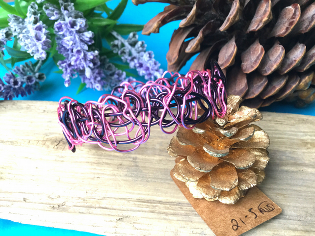 Pink and Dark purple Wire Bangle - By Lisabellah