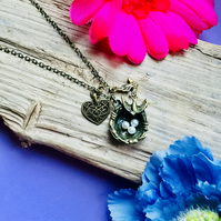 SALE Gorgeous birds nest necklace
