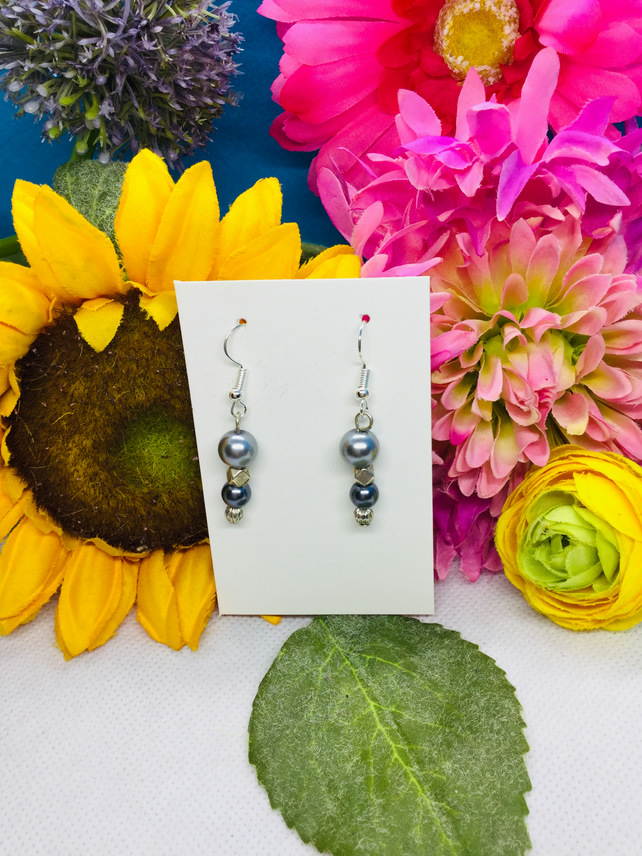 Offer grey and silver colour drop earrings