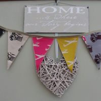 Welcome Home travel Bunting.  FREE UK Postage and Packaging.