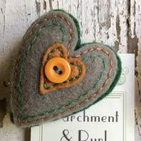 Felt Heart Brooch. FREE Postage and Packaging in the UK. Heart corsage.