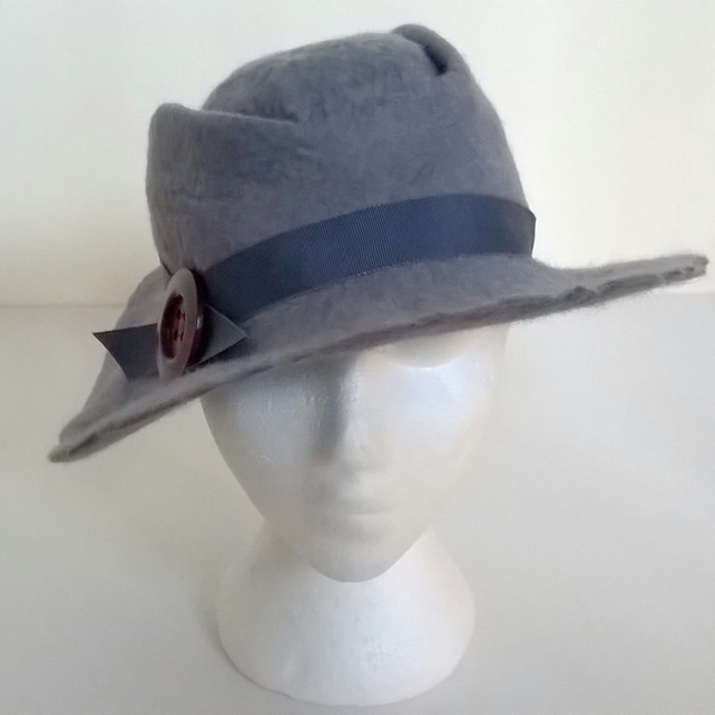 Tribly meets Stetson hat (large semi-formal hat)