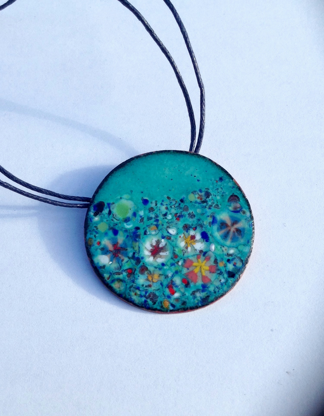 LARGE ROUND FLORAL-ENAMELLED NECKLACE - GARDEN  STATEMENT PIECE!