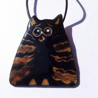 BLACK & TAN HUMOROUS CAT PENDANT - SGRAFFITO ENAMELLING