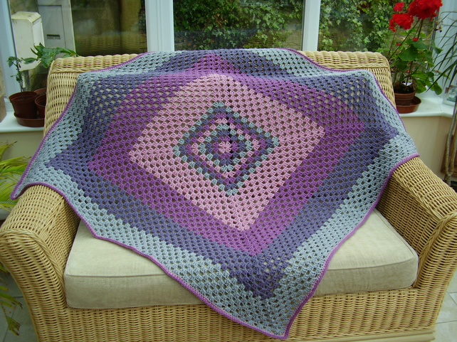 Contemporary Giant Granny Square Blanket Or Thr Folksy