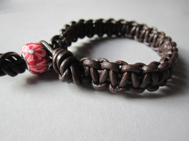Shamballa Style Knotted Mens Ladies Chunky Leather Surf Cuff Wristband Bracelet