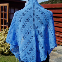 Merino hand-knitted lace shawl