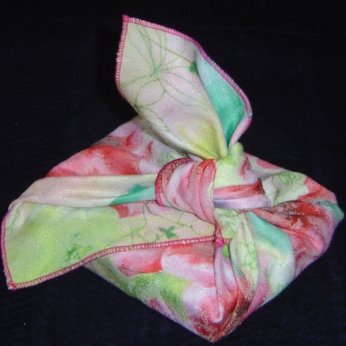 Fabulous floral furoshiki (red/green medium)