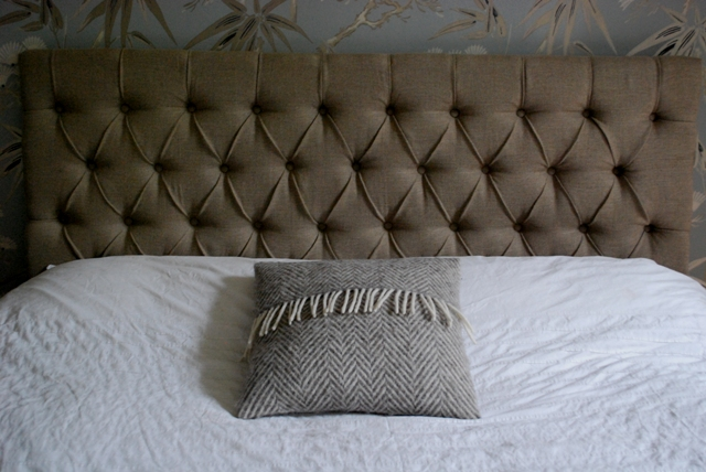 Diamond-Tufted Deep Buttoned Headboard in Natur... - Folksy