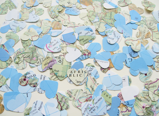 1000 Confetti Map Atlas Hearts - Wedding Travel Vintage Decor - Heart Die Cut