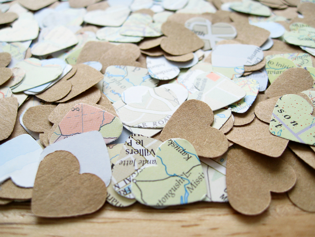 500 Map Kraft Confetti Hearts Mix - Wedding Travel Vintage Decor - Heart Die Cut