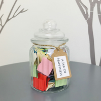 A Jar of Happiness - Quotes and affirmations to inspire happiness and uplift
