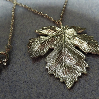 Maple Leaf Charm Necklace in Brushed Silver Plate (19)