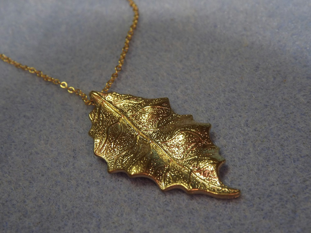 Holly Leaf Charm Necklace in 14K Matt Gold Plate (21)
