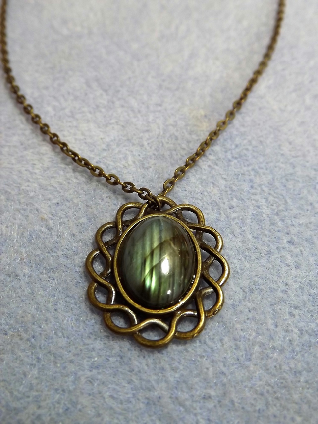 Labradorite Scroll Cabochon Necklace (Style 32)