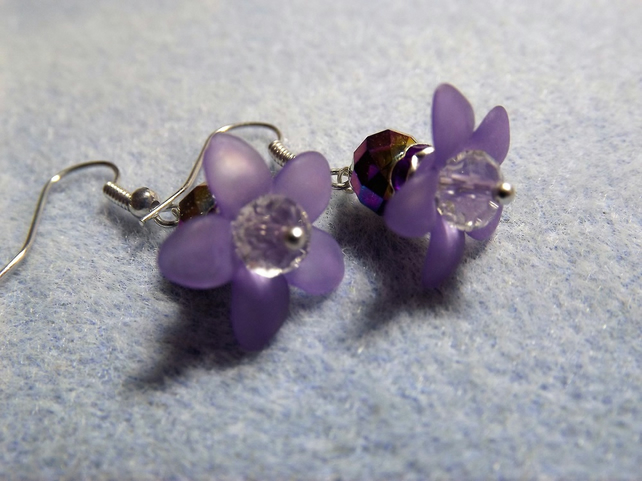 Purple  Flower Daisy Beaded Drop Earrings
