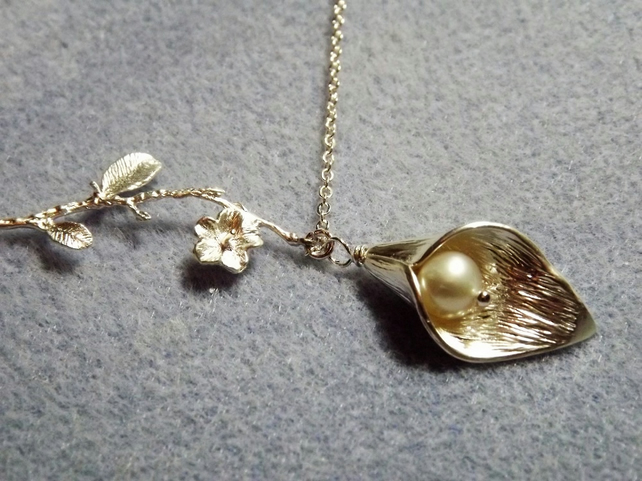 Calla Lily, Blossom Sprig Pearl Charm Necklace in Silver Plate (Style 29)
