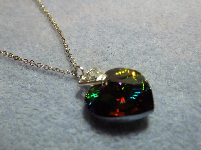 Swarovski Rainbow Green (Vitrail Medium) 18mm Crystal Heart Pendant (style 10)