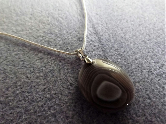 Botswana Agate Gemstone Pendant Necklace (style 18)