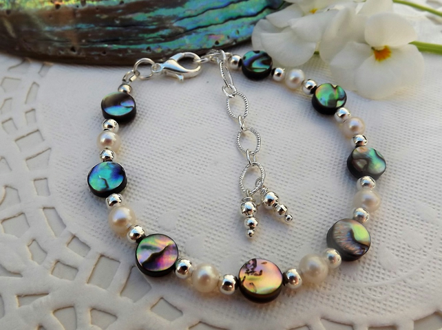 Abalone and Pearl Beaded Bracelet