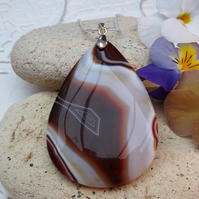 Brown and White Agate Gemstone Pendant (Style 6)