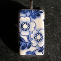 Porcelain Blue and White Flower Pattern Rectangular Pendant