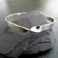 Sterling Silver Mobius Bangle, Dimple Texture Narrow Bangle