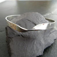 Silver Mobius Bangle, Tree Bark Texture Twisted Bangle