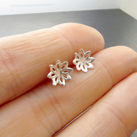 Small sterling silver flower studs, Nature inspired jewellery