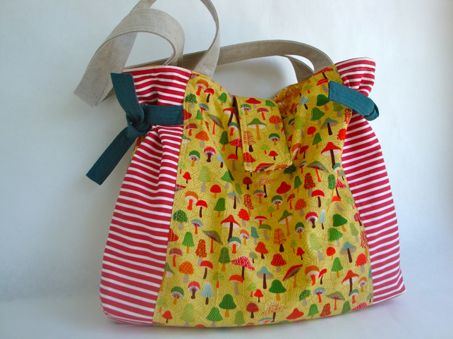 SALE Cotton Tote - woodland - Side ties - Shoulder bag