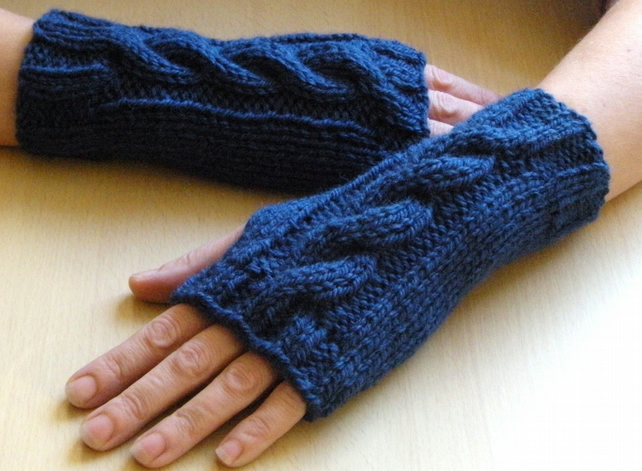 Chunky Cable Knit Wrist Warmers Knitting Patter... - Folksy