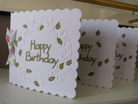 Pack of 3 Circle of Leaves Happy Birthday Cards