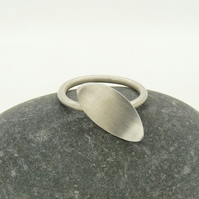 Sterling Silver 'Curve' Contemporary Ring