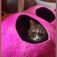 Handmade Felt Cat Cave - Pink and Grey - M