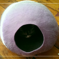S - Handmade Felt Cat Cave - Lavender Purple and Grey