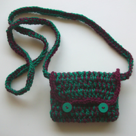 Small green & burgundy crocheted hippy shoulder purse