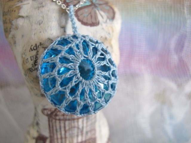 Crochet and Glass Necklace (Turquoise, clear)