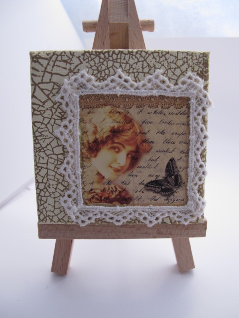 Mini Canvas with Vintage Lady and Butterfly