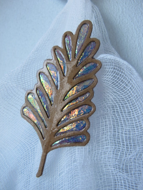 Autumnal Leaf Brooch (b).