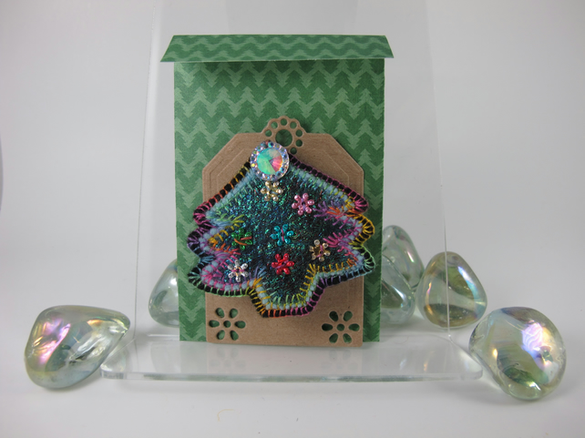 Dark Green Christmas Tree Brooch. Gift Wrapped. Free Postage.