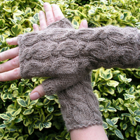 Alpaca Wrist Warmers Fingerless Gloves Beige
