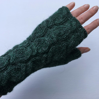 Alpaca Fingerless Gloves Green