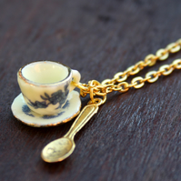Teacup necklace with spoon in lemon, blue and gold