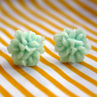 Mint Flower earrings (silver plated stud)