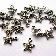 Ornate Star Charms x 20 (CH0014)