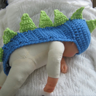 GRREEAT CROCHETED BABY DINOSAUR HAT WITH TAIL AND SPIKES  0-3 Months PHOTO PROP
