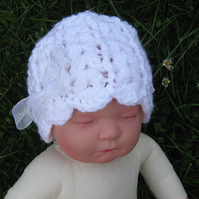 Pretty scalloped baby BEANIE Crochet HAT with RIBBON White, Photo prop 0-3m