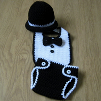 Little Man Crochet baby BIB , BOWTIE, Nappy Cover & Bowler Hat , Photo Prop 0-3m